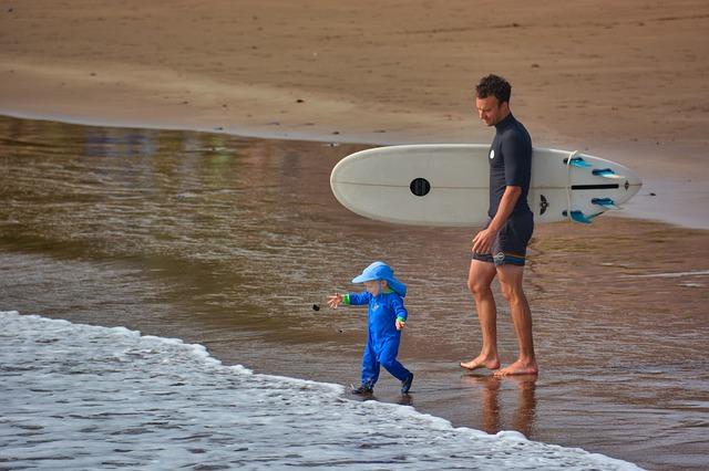 surf petit enfant